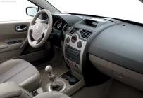 Renault_Megane_Interior_Equipment_thumb
